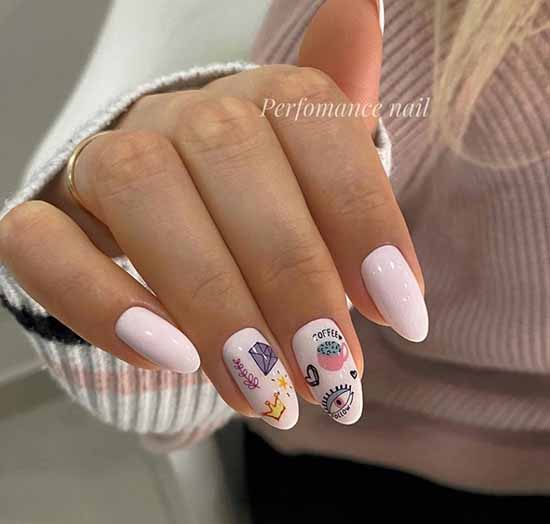 Nail design manicure with a heart
