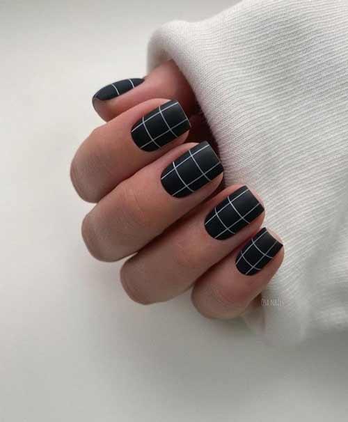 Black and white checkered manicure