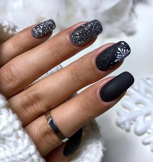 Black and white New Year's manicure