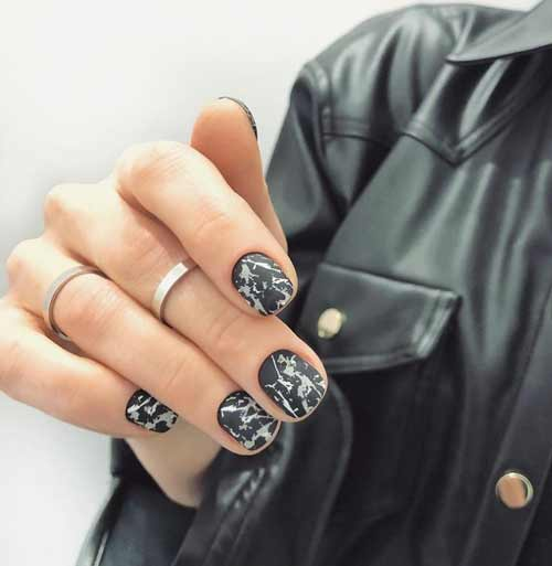Black marble on short nails
