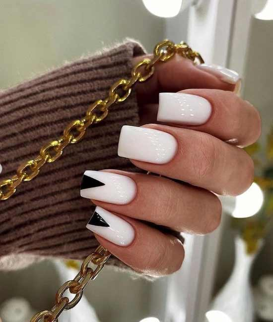Black and white manicure with geometry