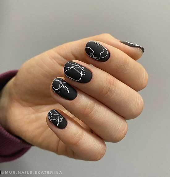 Black and white short manicure