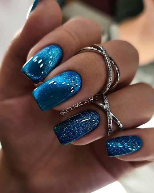 Turquoise manicure cat