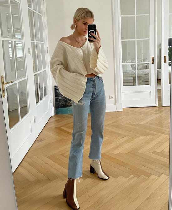 Fashionable wide sleeves