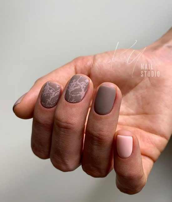Matte marble manicure