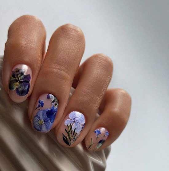 Spring manicure negative space