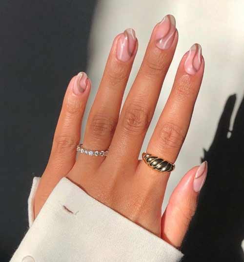 Transparent nails with zigzag design