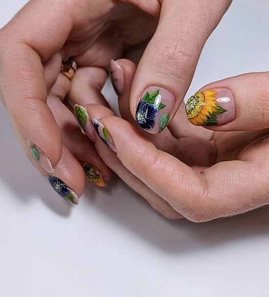 "Manicure ""negative space"" or negative space 2021: photo"