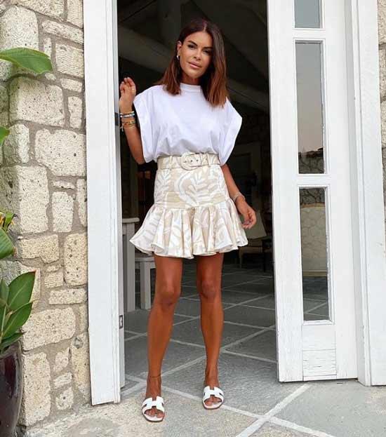 Fashionable mini skirt photo