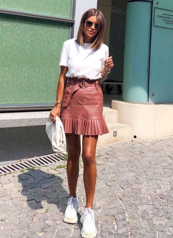 Ruffle leather skirt