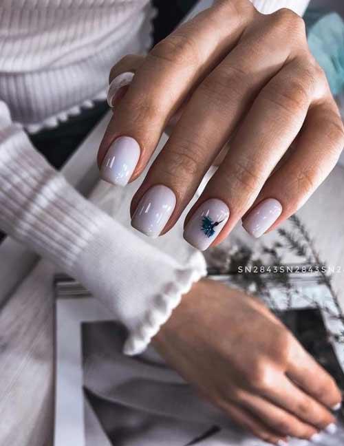 Pale lilac manicure