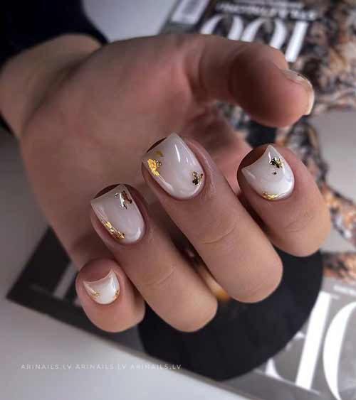 Nude for short nails with foil