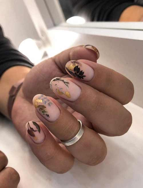 Stickers and foil on nails
