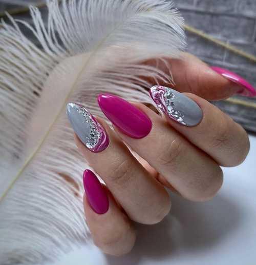 Gray + fuchsia manicure