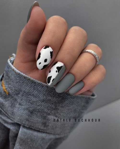 Gray and white manicure