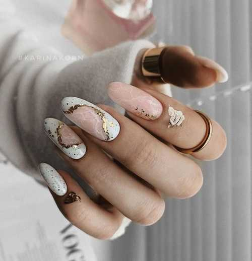 Gray with drawings manicure