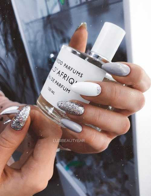 Gray manicure 2021-2022: design, nails in gray tones, photo