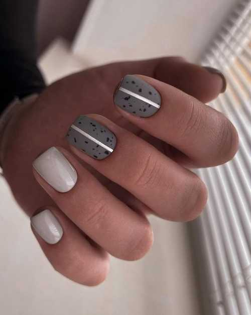 Gray manicure photo
