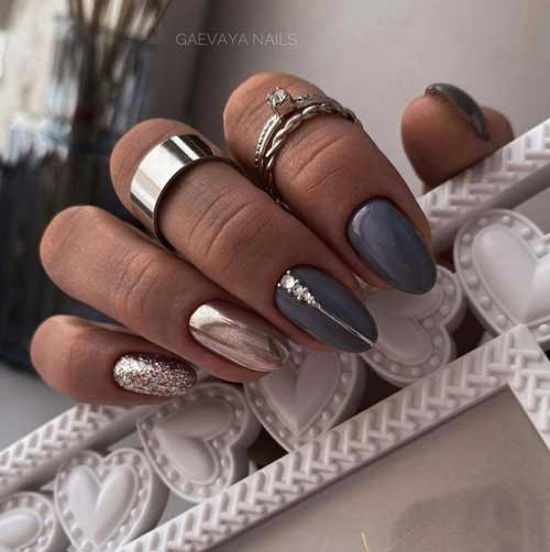 Gray + rubbing manicure