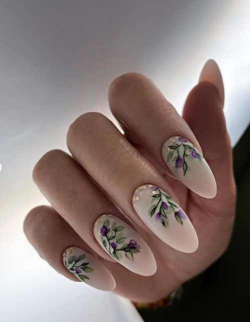 Delicate spring nail design