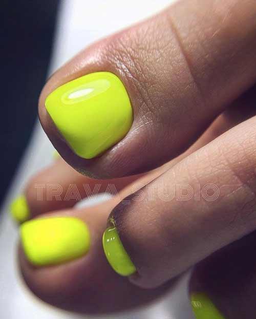Neon yellow green pedicure