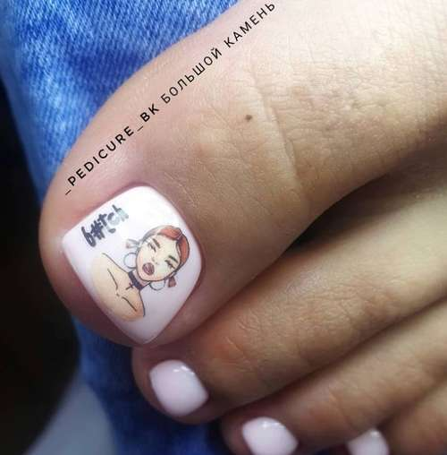 Drawing in a pedicure on the thumb