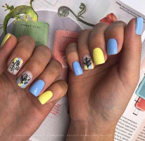 Blue manicure short length