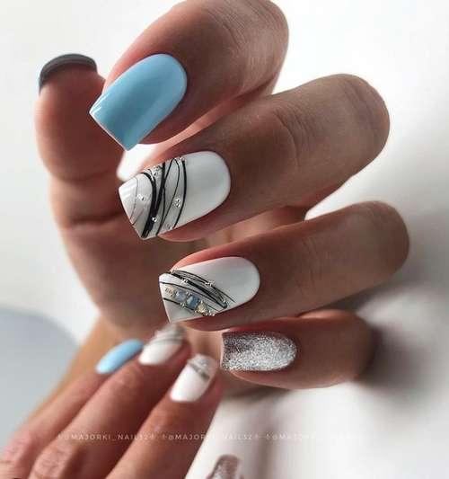 Trendy blue manicure design
