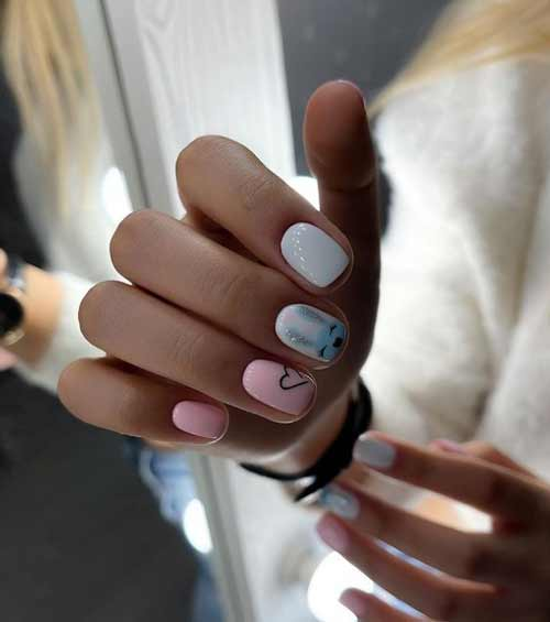 Cute pattern on blue nails