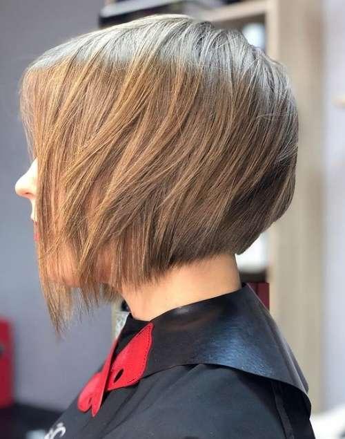 Bob kare with bangs 2021: photos of fashionable haircuts, trends