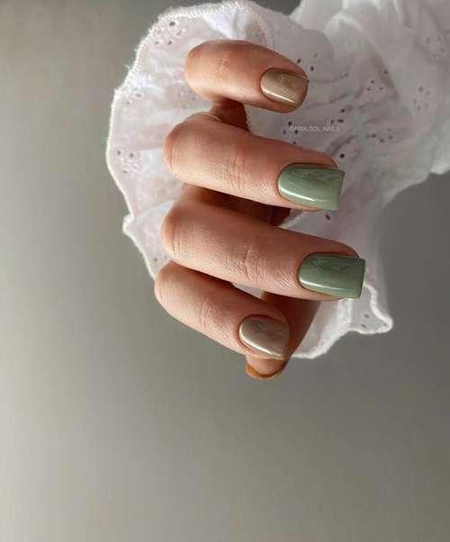 Two-tone monochromatic manicure