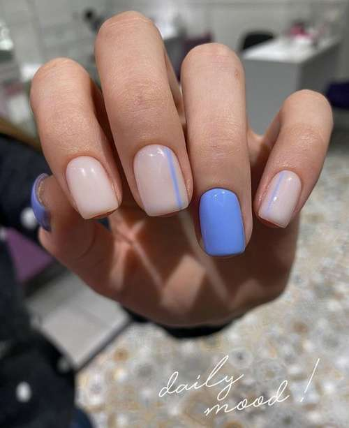 Accent with a different color on the ring finger