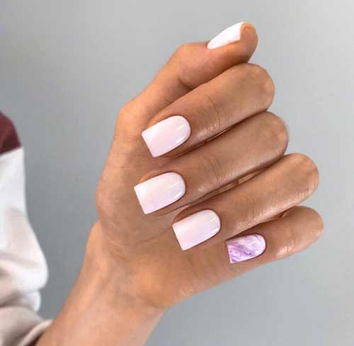 Lilac textured manicure