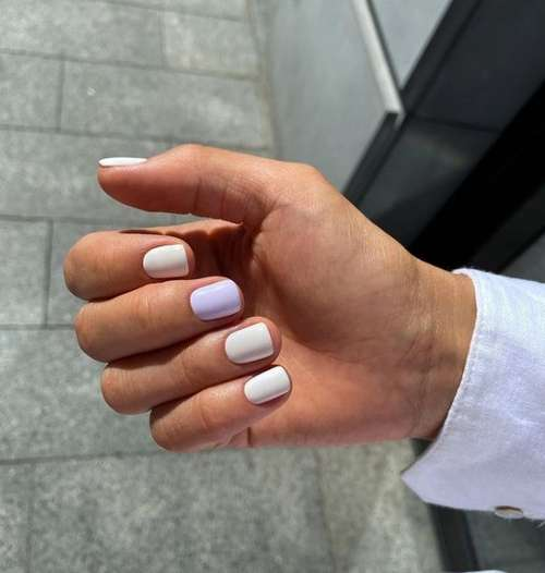 Lilac two color manicure
