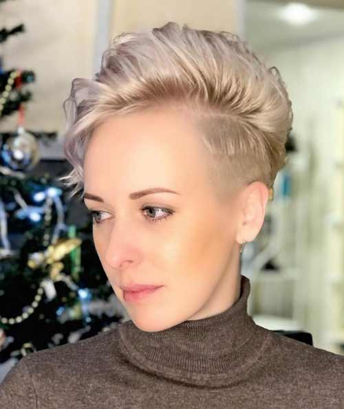 Anderkat short haircut for women without bangs