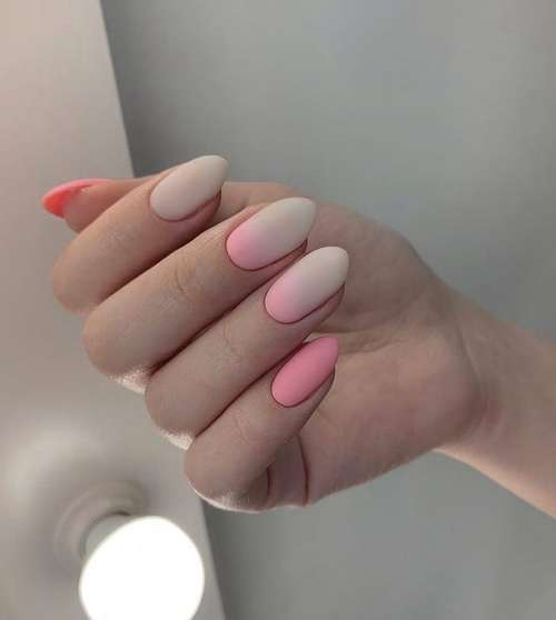 Pink-beige matte manicure
