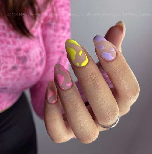 Multi-colored manicure with pink