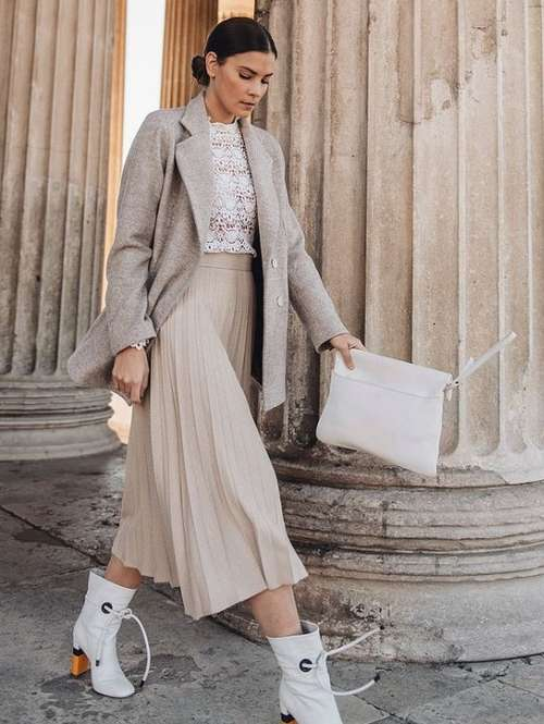 Pleated midi skirt with what to wear