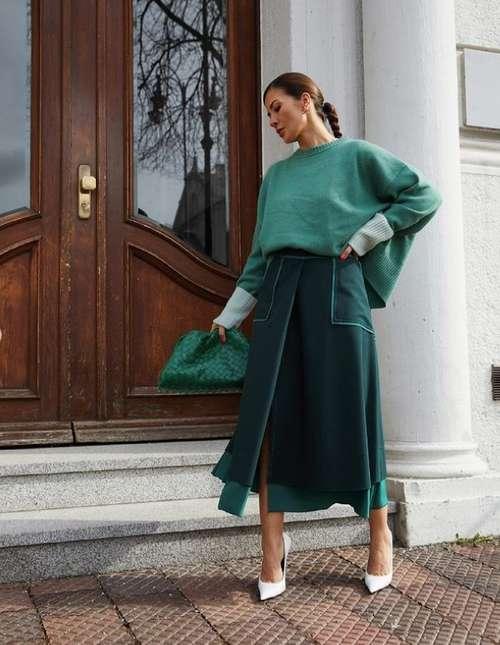 Fashionable green wrap skirt