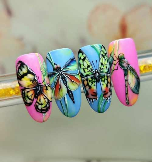 Drawings of butterfly nails