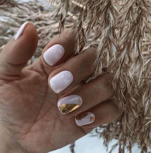 Delicate nail design