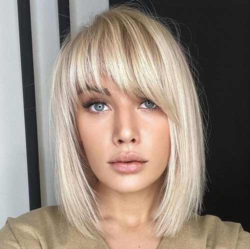 Oblique bangs in the shape of an arch