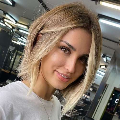 Fashionable haircuts for girls in the photo