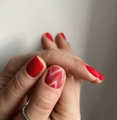 Drawing on one nail