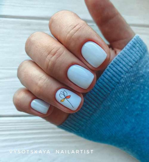 Flower on one nail
