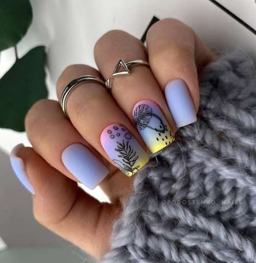 Spring designs on short nails