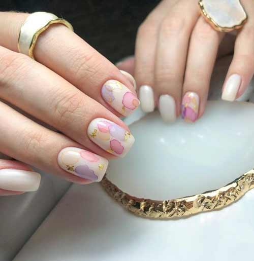 Delicate watercolor texture nails