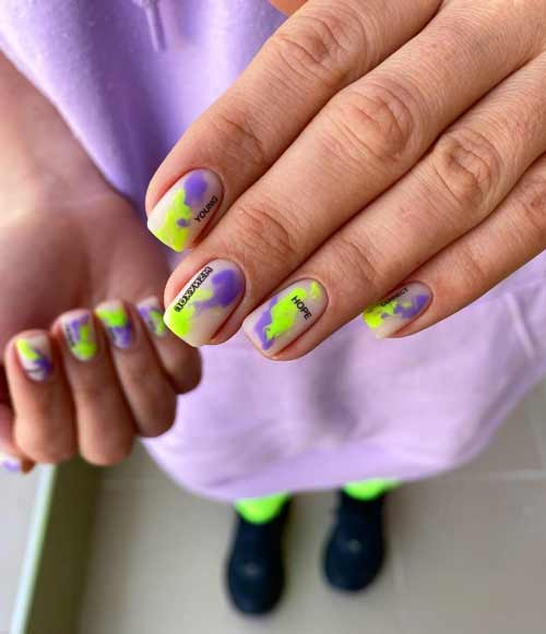 Bright manicure with divorces