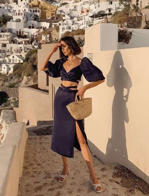 Trendy slit skirts: photos with what to wear, trends 2021