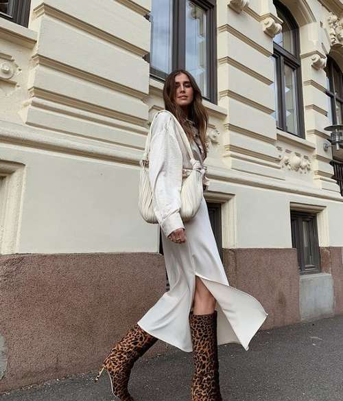 Fashionable look with a silk skirt